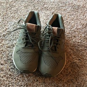 New balance sneakers, size 8, worn once!